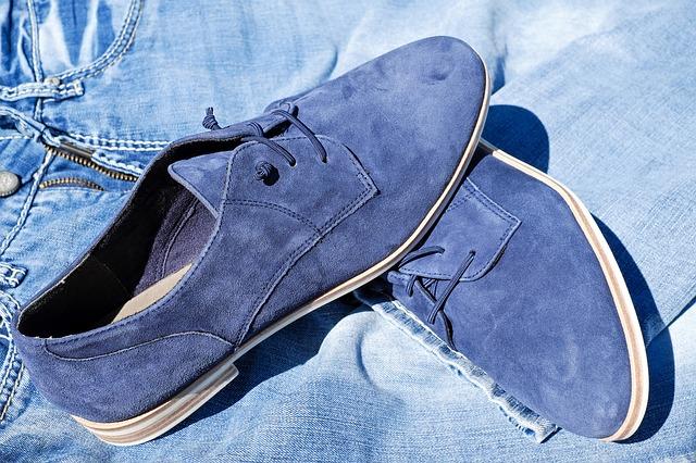 semišové boty