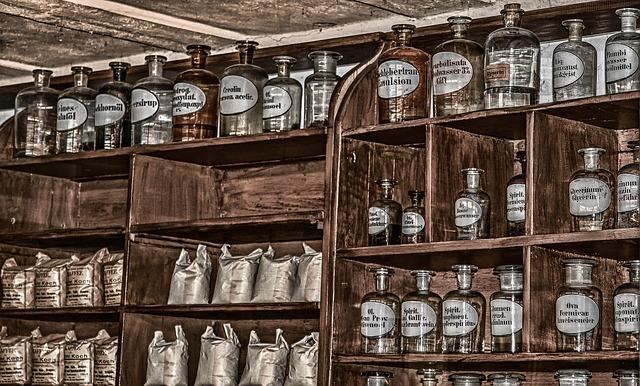 starožitná lékárna